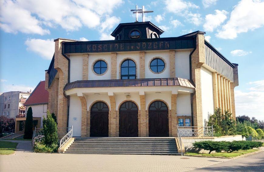 Початок Богослужінь в Сьроді Вєлькопольській